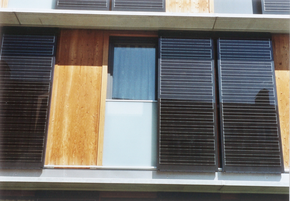 Schiebe Fensterläden sweps sonne wind energie produkte solarbau solar fensterladen